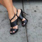 siyah deri stiletto modeli