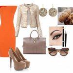 turuncu beyaz kombin modeli
