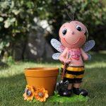 bahçe için arı figürlü dekoratif saksı modeli