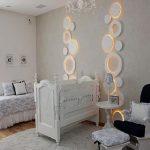 beyaz dekoratif bebek odası