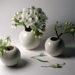 beyaz porselen tasarım küre vazo modeli