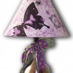 lila kelebek figürlü abajur modeli