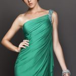 yeşil şifon drapeli gece elbise modeli