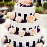 çiçekli düğün pastası