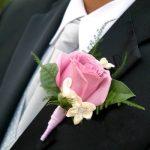 gül şeklinde damat yaka çiçeği