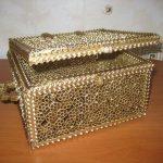 dekoratif altın yaldızlı kutu