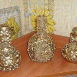 makarna ile süslenmiş dekoratif vazolar