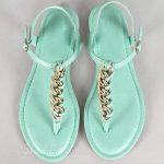 renkli zincirli sandalet