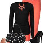 turuncu pantalon ve siyah bluz kombini